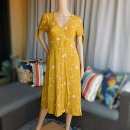 Universal Thread Yellow Floral Dress😉😍😷